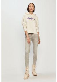 Pepe Jeans - Bluza bawełniana Brigitte. Okazja: na co dzień. Typ kołnierza: kaptur. Kolor: biały. Materiał: bawełna. Długość rękawa: długi rękaw. Długość: długie. Wzór: nadruk. Styl: casual