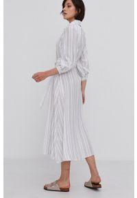 Answear Lab - Sukienka. Kolor: biały. Materiał: tkanina. Typ sukienki: rozkloszowane. Styl: wakacyjny