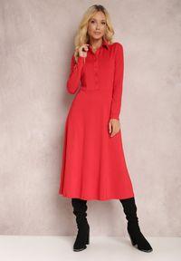 Renee - Czerwona Sukienka Eidilea. Kolor: czerwony. Długość rękawa: długi rękaw. Typ sukienki: koszulowe, dopasowane. Styl: retro. Długość: midi