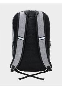 Szary plecak outhorn sportowy