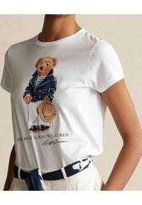 Ralph Lauren - RALPH LAUREN - Biała koszulka z misiem. Okazja: na co dzień. Typ kołnierza: polo. Kolor: biały. Materiał: jeans, bawełna. Wzór: nadruk. Sezon: wiosna. Styl: casual, klasyczny #4