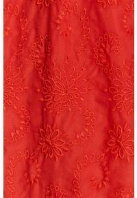 medicine - Medicine - Sukienka Summer Linen. Typ kołnierza: dekolt hiszpanka. Kolor: czerwony. Materiał: tkanina