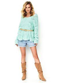 Miętowy sweter oversize Makadamia w ażurowe wzory