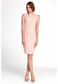 Różowa sukienka Nife z falbankami
