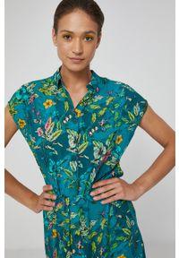 medicine - Medicine - Sukienka Commercial. Okazja: na co dzień. Kolor: zielony. Typ sukienki: proste. Styl: casual