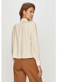 Kremowa bluzka Vero Moda casualowa, z długim rękawem, krótka