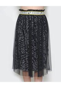 Deha - DEHA - Czarna tiulowa spódnica z logowaniem. Okazja: na co dzień. Kolor: czarny. Materiał: tiul. Wzór: napisy, nadruk. Styl: casual