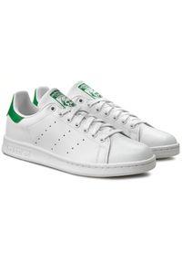 Białe buty sportowe Adidas tenisowe, z paskami, na lato