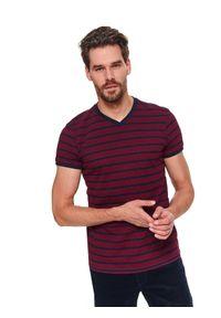 TOP SECRET - T-shirt strukturalny. Okazja: na co dzień. Typ kołnierza: dekolt w serek. Kolor: czerwony. Długość: krótkie. Wzór: paski, jednolity. Materiał: jeans, bawełna. Długość rękawa: krótki rękaw. Sezon: wiosna. Styl: klasyczny, casual