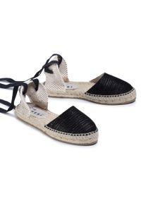 Czarne sandały Manebi na co dzień, casualowe