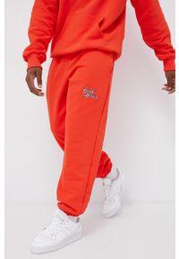 Local Heroes - Spodnie. Kolor: pomarańczowy. Materiał: dzianina, materiał. Wzór: aplikacja