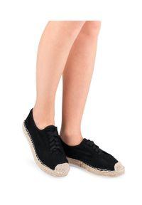 Czarne półbuty Ideal Shoes eleganckie, w kolorowe wzory