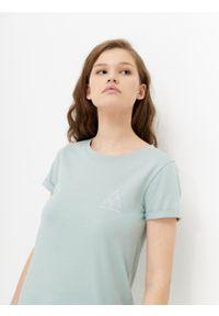 outhorn - T-shirt z nadrukiem damski. Okazja: na co dzień. Materiał: bawełna, jersey. Wzór: nadruk. Styl: casual