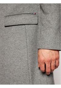 TOMMY HILFIGER - Tommy Hilfiger Tailored Płaszcz wełniany Wool Blend TT0TT08117 Szary Regular Fit. Kolor: szary. Materiał: wełna