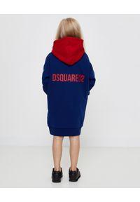DSQUARED2 KIDS - Bawełniana sukienka z kapturem 4-16 lat. Typ kołnierza: kaptur. Kolor: czerwony. Materiał: bawełna. Długość rękawa: długi rękaw. Wzór: nadruk, kolorowy. Sezon: lato #5