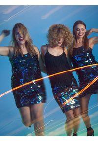 Turkusowa spódnica TOP SECRET w kolorowe wzory