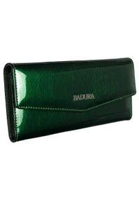 Portfel damski zielony Badura B-43877P-SH. Kolor: zielony. Materiał: skóra. Wzór: aplikacja