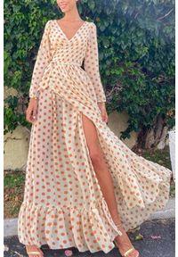 Beżowa długa sukienka IVET w grochy