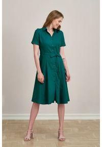 Marie Zélie - Sukienka Marina wiskoza z bawełną szmaragdowa zieleń. Kolor: zielony. Materiał: bawełna, wiskoza. Sezon: lato. Typ sukienki: szmizjerki