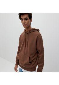 Reserved - Bluza z kapturem - Brązowy. Typ kołnierza: kaptur. Kolor: brązowy