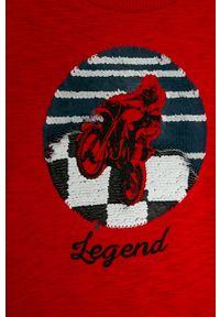 Czerwona koszulka z długim rękawem GAP na co dzień, z nadrukiem