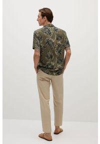 Złota koszula Mango Man na co dzień, klasyczna, krótka, z klasycznym kołnierzykiem