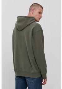 Levi's® - Levi's - Bluza bawełniana. Okazja: na spotkanie biznesowe. Typ kołnierza: kaptur. Kolor: zielony. Materiał: bawełna. Wzór: nadruk. Styl: biznesowy