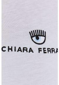 Chiara Ferragni - T-shirt bawełniany Logo Basic. Okazja: na co dzień. Kolor: biały. Materiał: bawełna. Wzór: aplikacja. Styl: casual