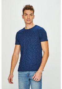 Levi's Made & Crafted - Levi's - T-shirt. Okazja: na co dzień, na spotkanie biznesowe. Kolor: niebieski. Materiał: dzianina. Styl: biznesowy, casual