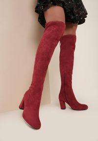 Renee - Bordowe Kozaki Islerock. Wysokość cholewki: przed kolano. Zapięcie: zamek. Kolor: czerwony. Szerokość cholewki: normalna. Wzór: jednolity. Sezon: jesień, zima. Obcas: na słupku