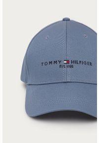 Niebieska czapka z daszkiem TOMMY HILFIGER z nadrukiem