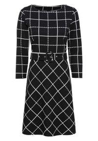 Sukienka w kratę z paskiem bonprix czarno-biel wełny w kratę. Kolor: czarny. Materiał: wełna