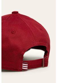 Czerwona czapka z daszkiem adidas Originals
