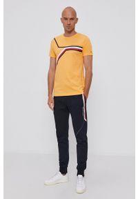 TOMMY HILFIGER - Tommy Hilfiger - T-shirt bawełniany. Okazja: na co dzień. Kolor: pomarańczowy. Materiał: bawełna. Wzór: nadruk. Styl: casual