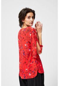 MOODO - Bluzka koszulowa z motywem kwiatowym. Typ kołnierza: bez kołnierzyka. Materiał: wiskoza. Długość rękawa: krótki rękaw. Długość: krótkie. Wzór: kwiaty