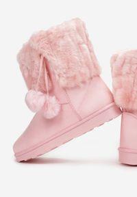 Różowe śniegowce Born2be