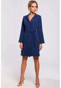 e-margeritka - Sukienka kopertowa do kolan niebieska - m. Kolor: niebieski. Materiał: tkanina, poliester, materiał, elastan. Typ sukienki: kopertowe. Styl: klasyczny, elegancki. Długość: midi