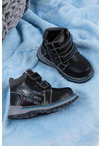 Czarne buty zimowe Casu na rzepy