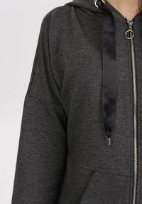 Szara bluza rozpinana Born2be