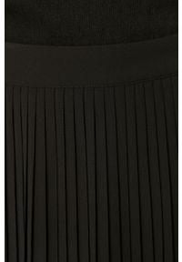 Czarna spódnica Vila z podwyższonym stanem, casualowa