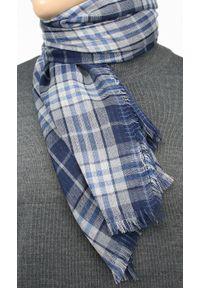 Niebieski szalik Teer na spacer, elegancki, w kratkę