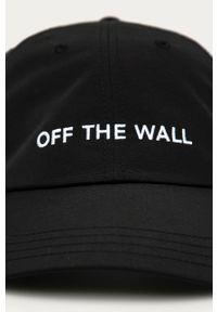 Czarna czapka z daszkiem Vans gładkie