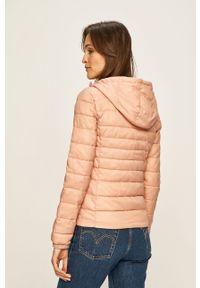 Różowa kurtka only z kapturem