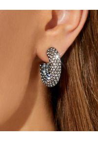AMINA MUADDI - Kolczyki z kryształami Cameron Mini. Kolor: srebrny. Kamień szlachetny: kryształ