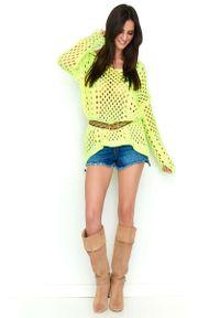 Żółty sweter oversize Makadamia w ażurowe wzory