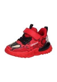 American Club - Sportowe buty dziecięce AMERICAN BD08/21 RD. Kolor: czerwony. Materiał: tkanina, skóra