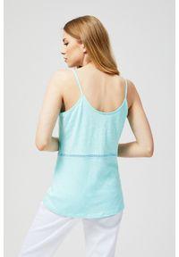 Miętowa bluzka MOODO w ażurowe wzory