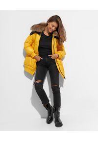 FLO&CLO - Żółta kurtka puchowa Hellios. Kolor: żółty. Materiał: puch. Wzór: nadruk