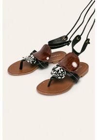Czarne sandały ANSWEAR na sznurówki, bez obcasa