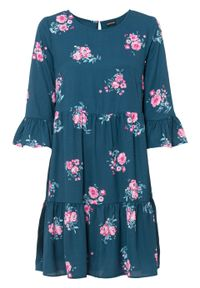 Sukienka z falbanami bonprix niebieskozielony w kwiaty. Kolor: niebieski. Wzór: kwiaty. Długość: mini